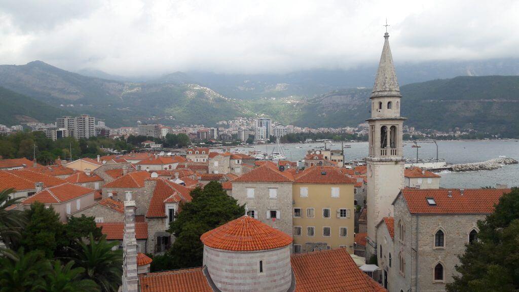 Budva e sua cidade medieval