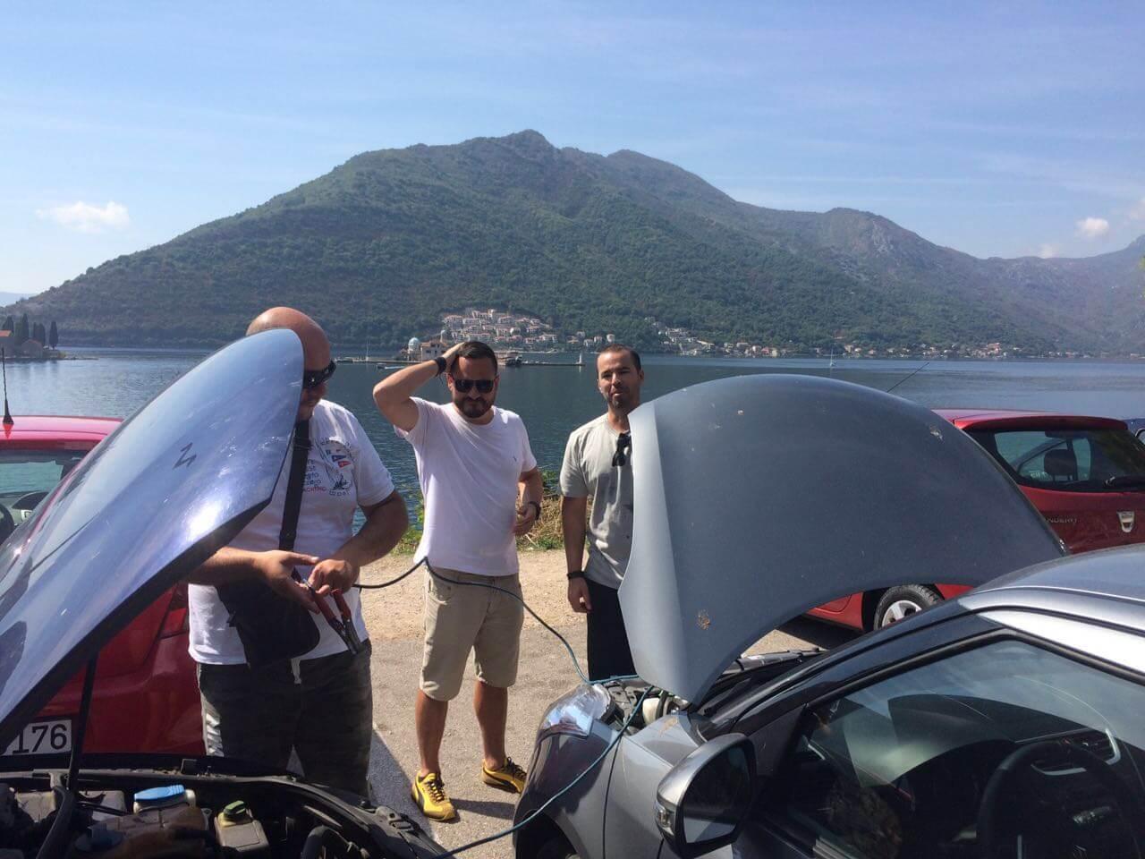 Pelas estradas de Montenegro, tem horas que o carro falha.