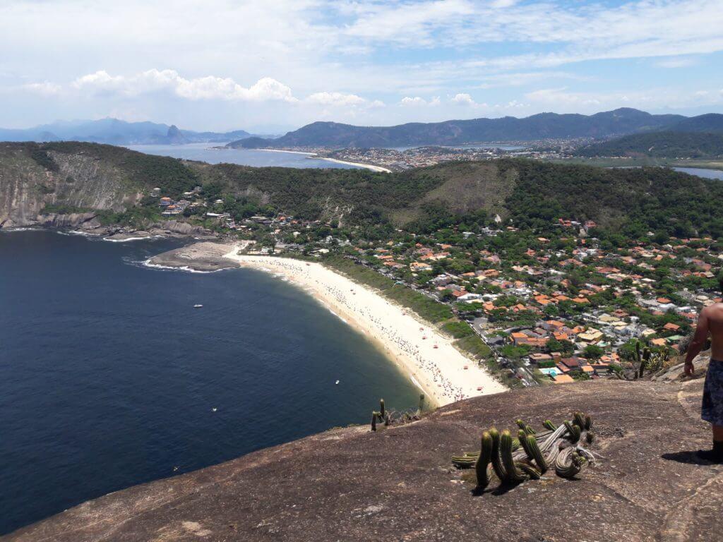 A Praia de Itacoatiara