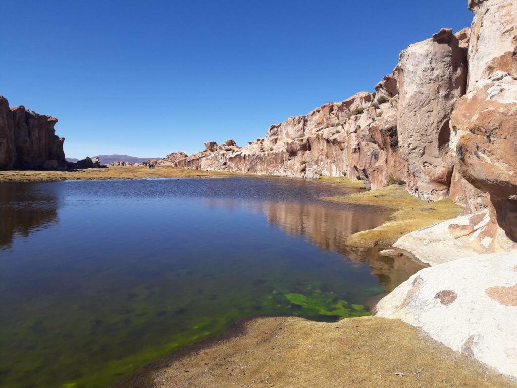 A laguna verde e colorada devem ser lindas, mas esta Catal aí é impressionante também.