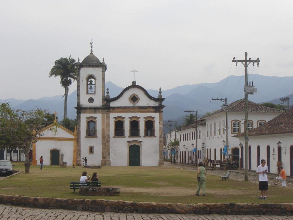 Paraty é um excelente pit stop entre São Paulo e Rio de Janeiro pelo litoral.