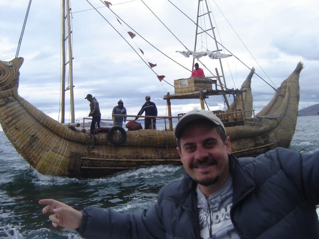 Se não fosse pela brasileiras que conheci durante minha viagem ao Peru e Bolívia não teria me aventurado pelas águas do Titicaca. - Dicas para viajar sozinho
