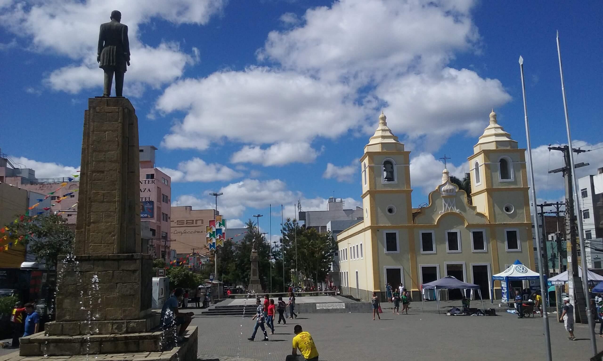 Praça Coronel João Guilherme no centro de Caruaru