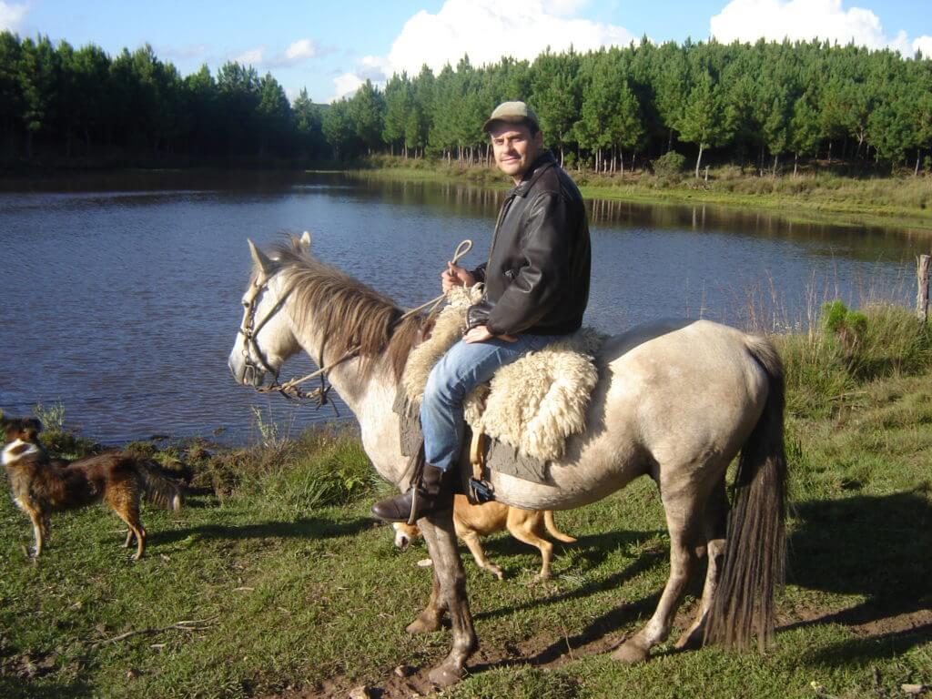 Passeios à cavalo são uma tradição em Cambará do Sul na Região dos Cânions no Rio Grande do Sul