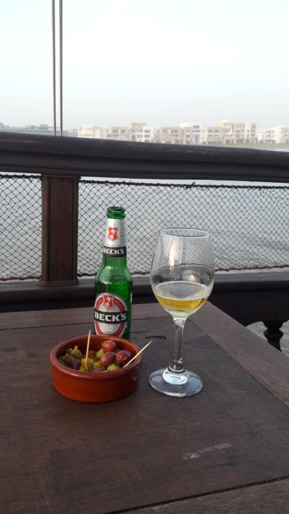 Foi difícil mas encontrei cerveja no Marrocos
