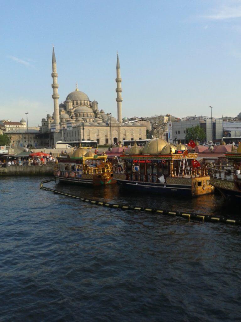 Istambul é uma cidade que encanta com sua geografia especial