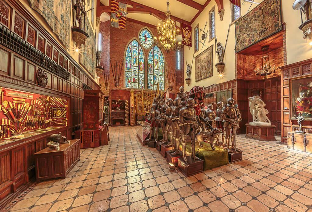 O impressionante interior do castelo. Fonte: www.institutoricardobrennand.com.br
