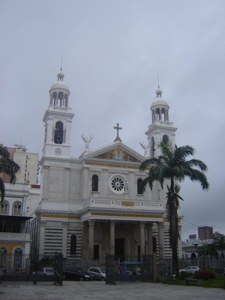 A bonita igreja de Nossa Senhora de Nazaré