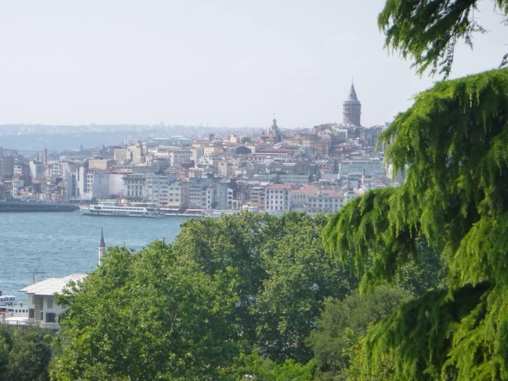 As vistas do Topkaki para o Bósforo são incríveis