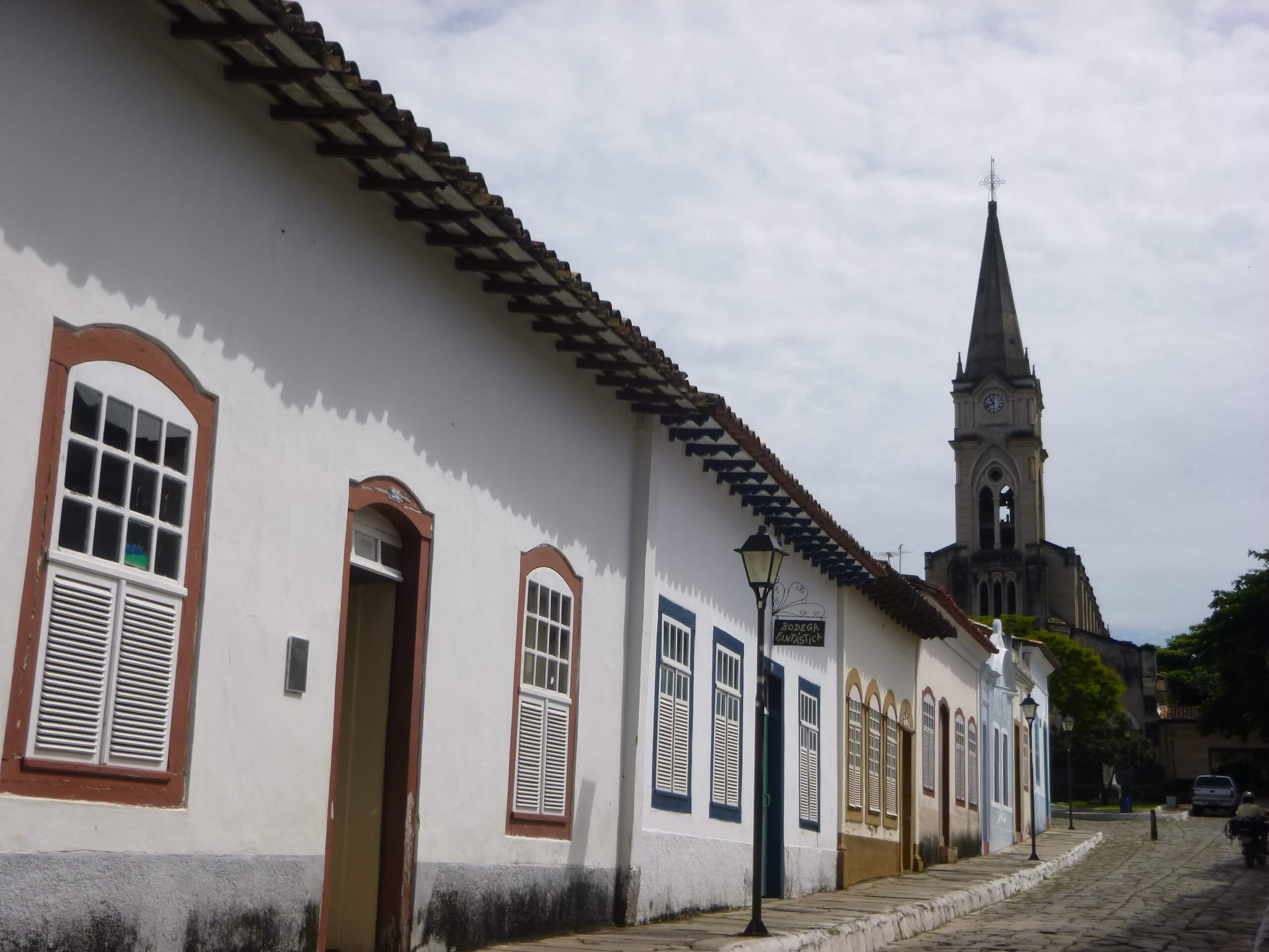 Goiás Goiás fonte: viajantecurioso.com.br