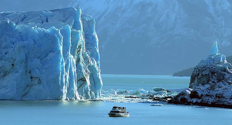 O Safári Náutico. Crédito: www.hieloyaventura.com