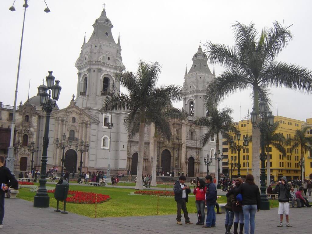 Lima é uma cidade interessante e com um patrimônio histórico expressivo