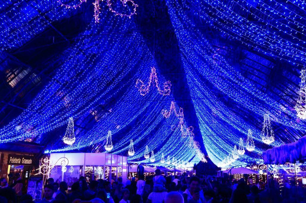 A Rua Coberta de enfeita toda para o Natal Luz Gramado 2018