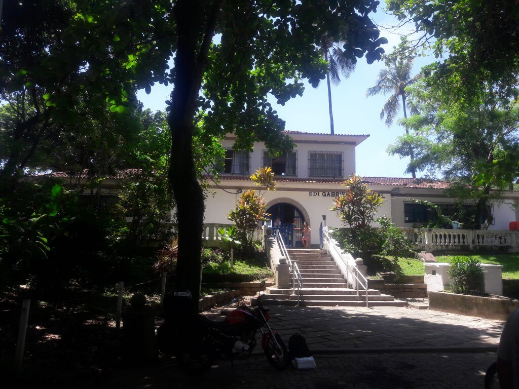 ESCOLA-GABRIELA-MISTRAL