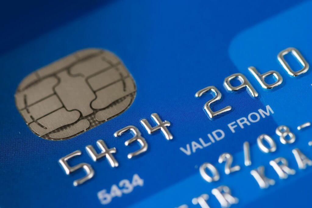 Habilitar os cartões de crédito e débito para uso no exterior