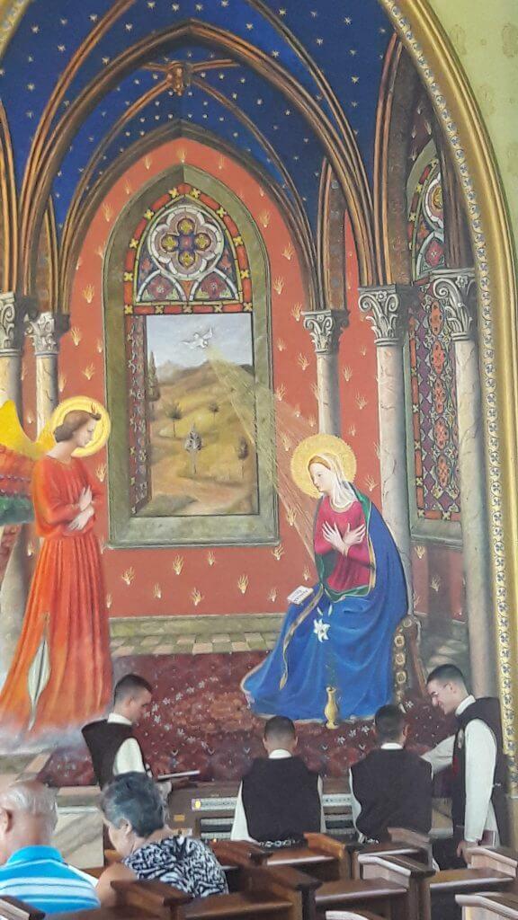 O Canto Gregoriano é um momento especial durante a missa