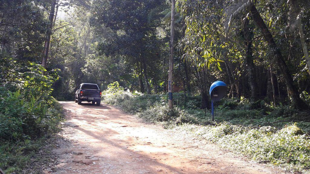As estradas de terra de Ubatuba