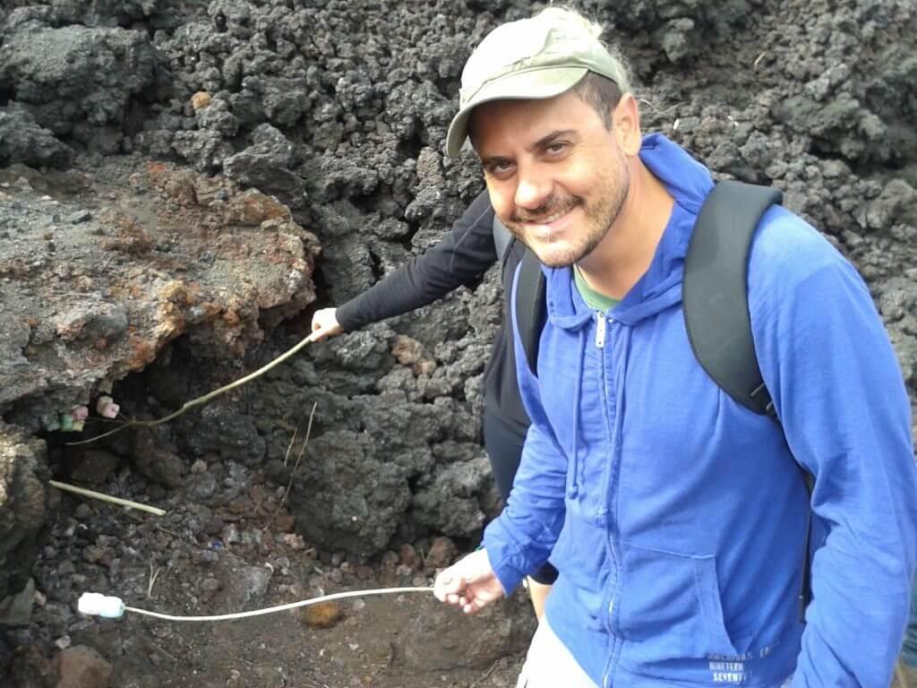 O dia que assamos marshmallows no vulcão