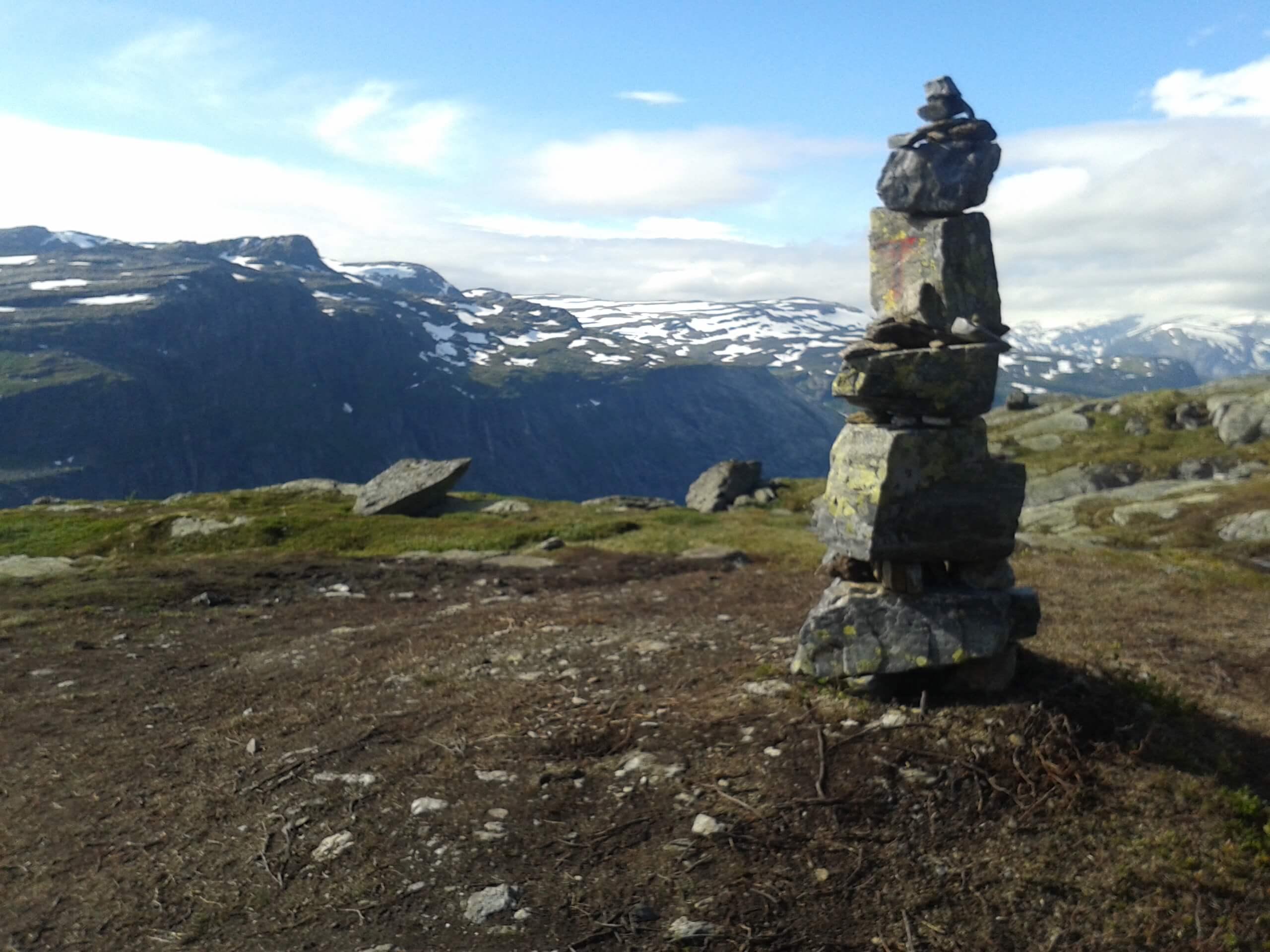 Pedras Trolltunga