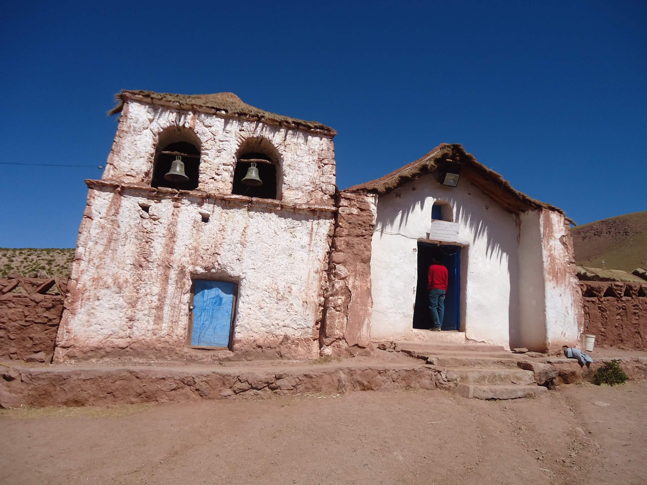 Igreja Povoado Machuca