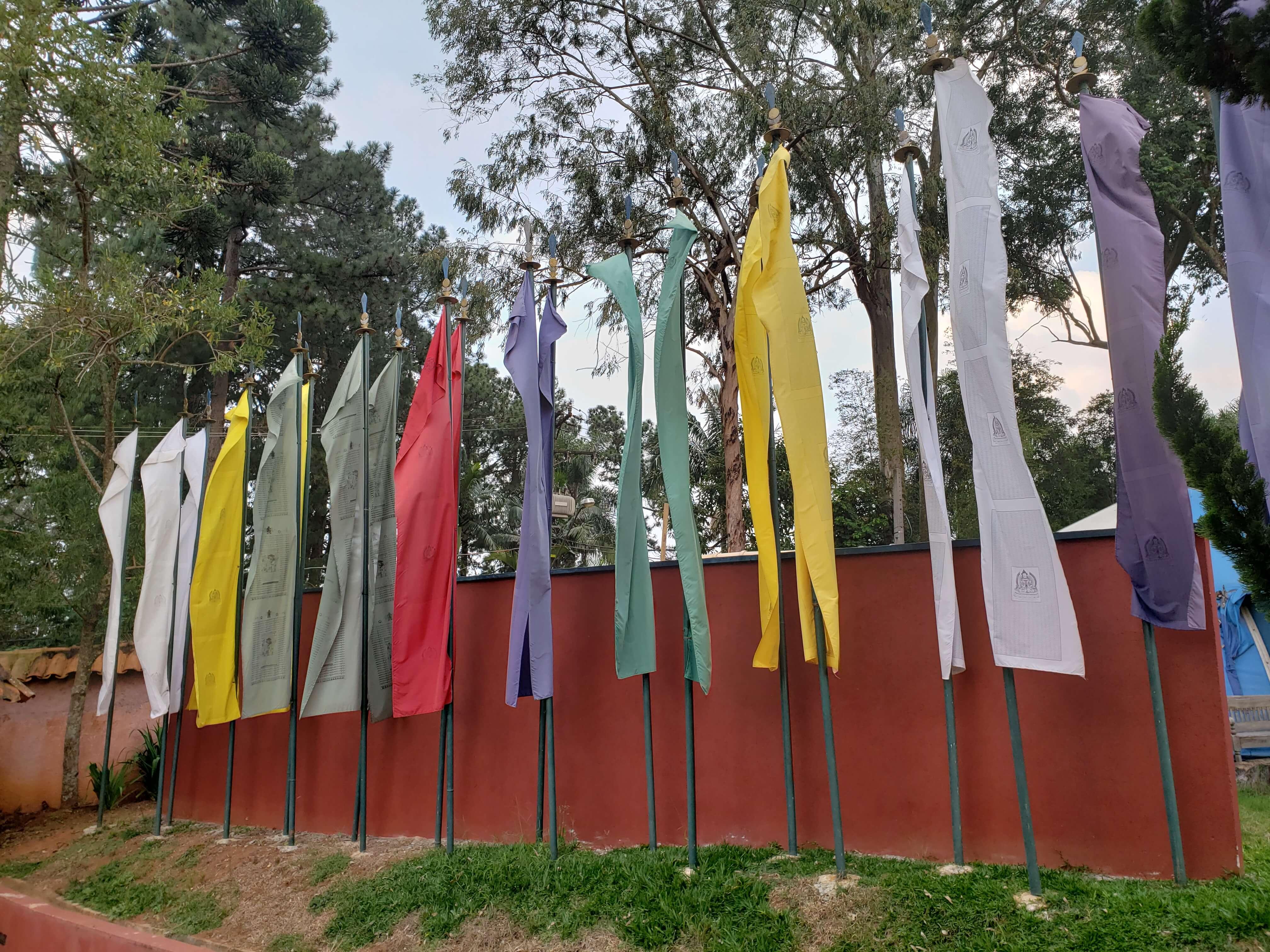 Bandeiras Templo Tibetano