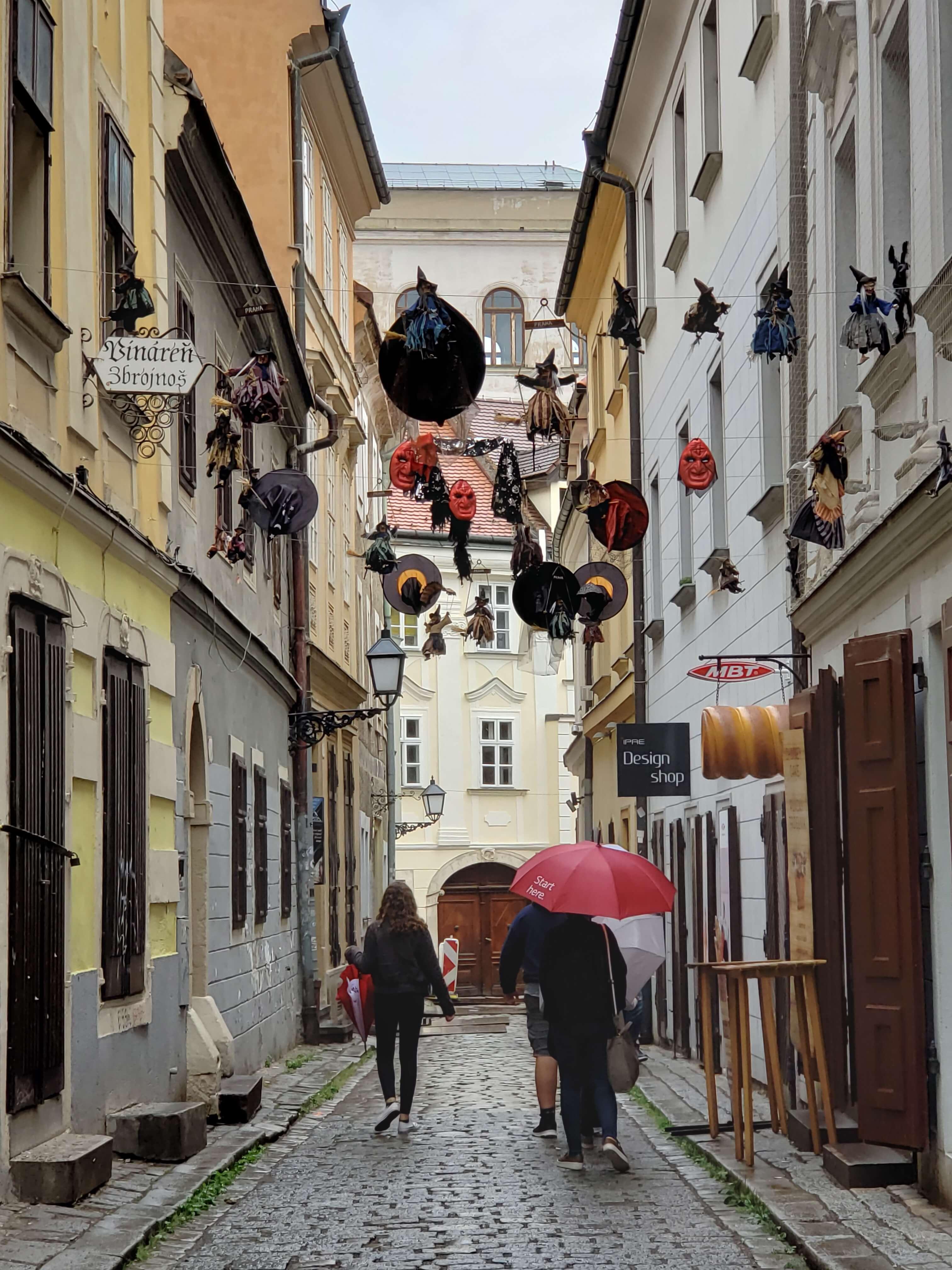 Ruas do centro antigo de Bratislava